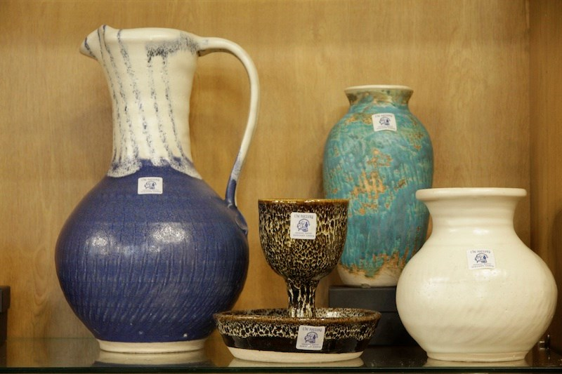 Internationale Vereniging Trappist Pots And Vases